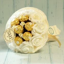 Bukiet z 7 Ferrero Rocher na komunię