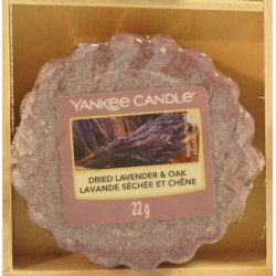 Dried lavender and Oak wosk Yankee Candle