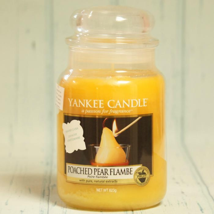 Poached Pear Flambe duża świeca Yankee Candle