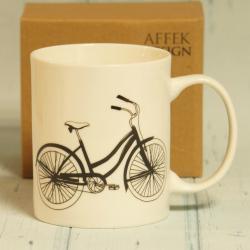 Kubek z rowerem w pudełku