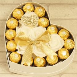 Flowerbox średnie serce z cukierkami na ślub