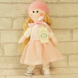 Laleczka ręcznie wykonana, biało-różowa, laleczki wardorskie, nowoczesne laleczki dla dzieci, lalka rękodzieło, donadekoracje.pl