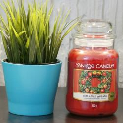 Red Apple Wreath, duża świeca Yankee Candle