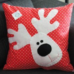 Poduszka świąteczna, renifer dekoracja, rękodzieło, ozdoby świąteczne renifer,