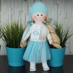 Lalka ręcznie wykonana, turkusowa