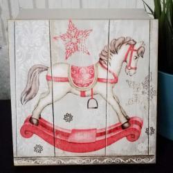 Pudełko decoupage, szkatułka świąteczna