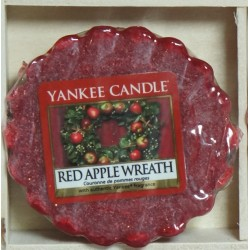 WOSK Red apple wreath - wieniec z czerwonych jabłek.